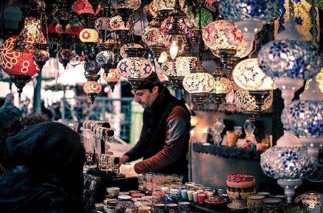 bazaar-1853361_640